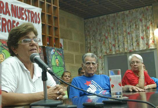 Desde Ciego de Ávila exigen libertad para cinco Héroes
